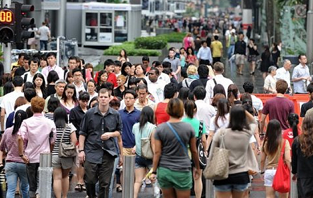 Singapore's projected population increase to 6.9 million laid out by the white paper received a push-back and criticisms by the people. (Yahoo! photo)
