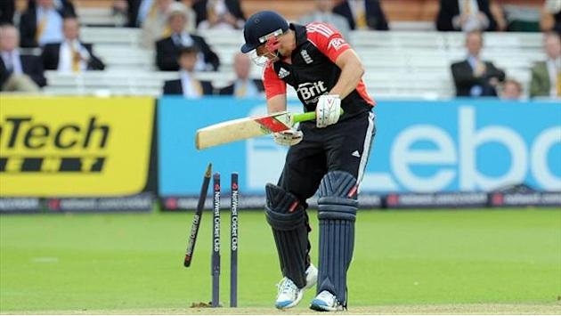 Cricket - Bresnan and co seek change of luck