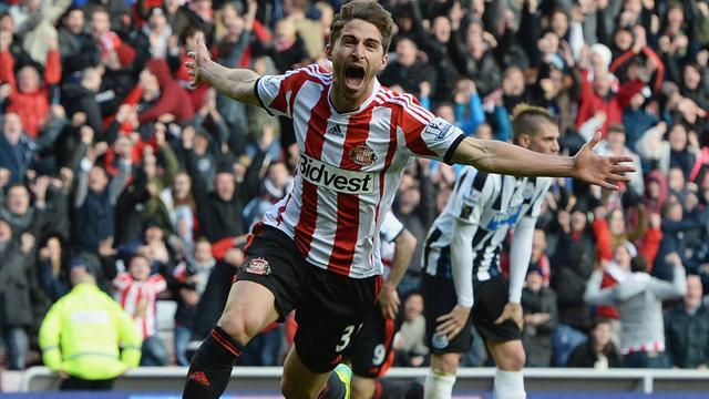 Premier League - Late Borini strike gives Sunderland victory in derby