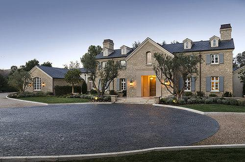Kim & Kanye's New $20 Million Estate Is Too Luxurious For Words