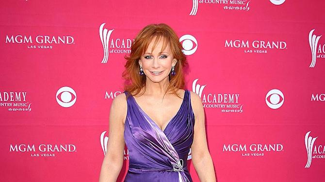 Mc Entire Reba ACM Aw