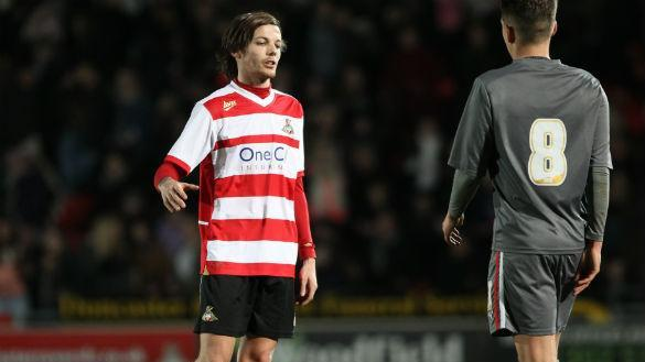 Directioners Left Disappointed As Louis Tomlinson Makes 15-Minute Doncaster Rovers Debut