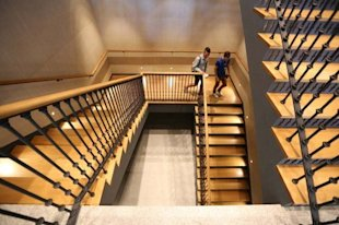 New Madrid Apple Store Is More Than A Thing Of Beauty image pds forbes stairway
