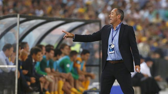 Asian Football - Oman coach wary of artificial pitch and Ramadan effects