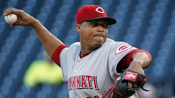 Woman sues Reds pitcher Simon, alleges sex assault