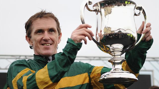 Horse Racing - McCoy shows Champion Hurdle hand