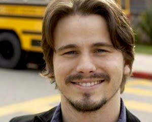 Pilot Scoop: Parenthood's Jason Ritter to Star in Fox Comedy Friends & Family