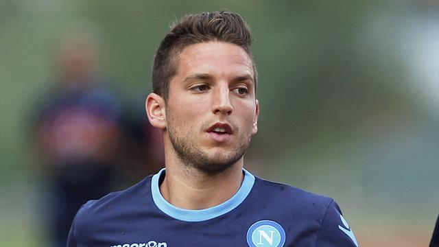 Serie A - Gomez, Mertens both taken off injured in Serie A match