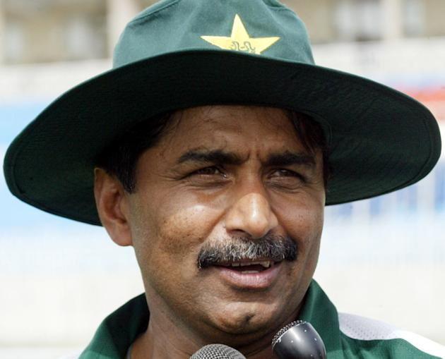 Javed Miandad lashes out at Pakistan Cricket Board over fitness camps ahead of England tour