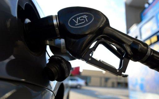 Oil prices rallied as the United States revealed that its energy stockpiles had fallen last week, indicating increasing demand in the world's biggest economy.