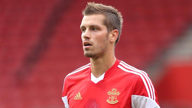 Premier League - Schneiderlin ready to play against Liverpool