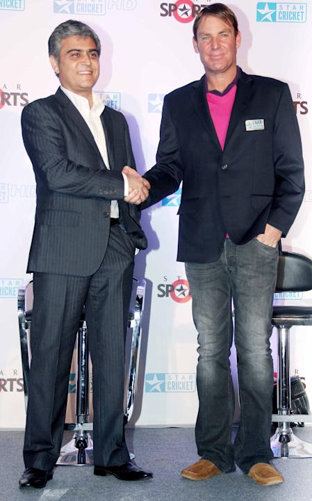 Shane Warne joins the broadcast team for the India-England Test series_7