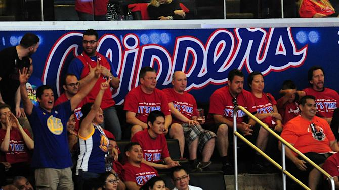 Basketball - Judge clears way for $2 billion sale of Los Angeles Clippers