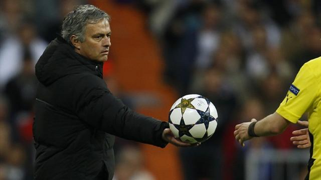 Champions League - Mourinho slams referee Webb