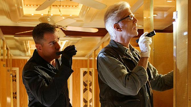 """George Eads as Nick Stokes and Ted Danson as D.B. Russell on """"CSI: Crime Scene Investigation."""""""