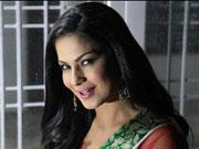 Bombshell Veena Malik celebrates Diwali in Hyderabad