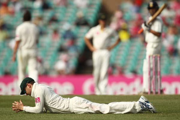 SYDNEY, AUSTRALIA - JANUARY 05: Michael Clarke of Australia reacts after missing a catching opportunity during day three of the Second Test Match between Australia and India at Sydney Cricket Ground o