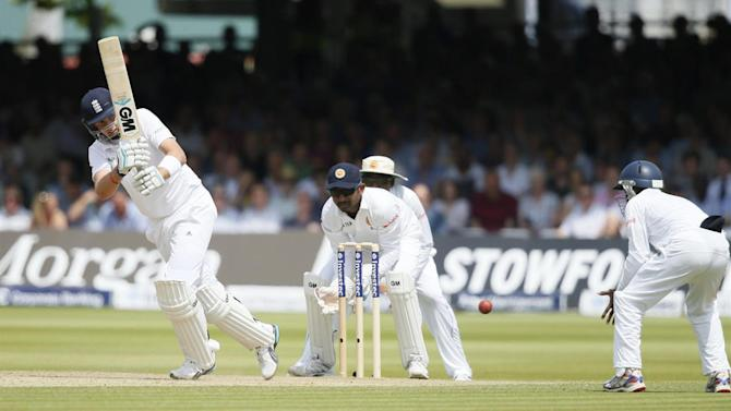 Cricket - Sri Lanka fight back after Root double ton