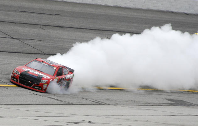 Jimmie Johnson pulls away for another Atlanta Sprint Cup win