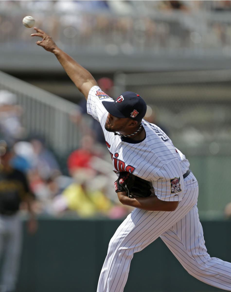CORRECTS TO DEOLIS GUERRA-Minnesota Twins relief pitcher Deolis Guerra pitches in the fourth inning of an exhibition baseball game against the Pittsburgh Pirates in Fort Myers, Fla., Wednesday, March