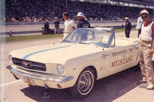 First Mustang Indy Pace car photo