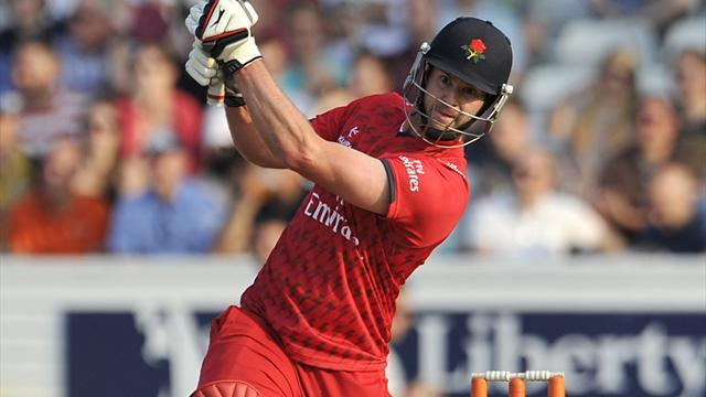County - Yorkshire humiliated by Lancashire