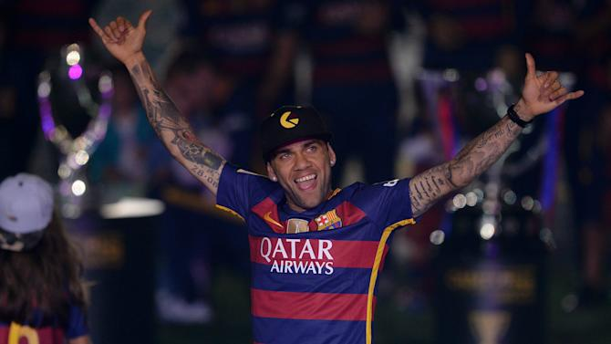 Dani Alves: I have won more titles than Pele