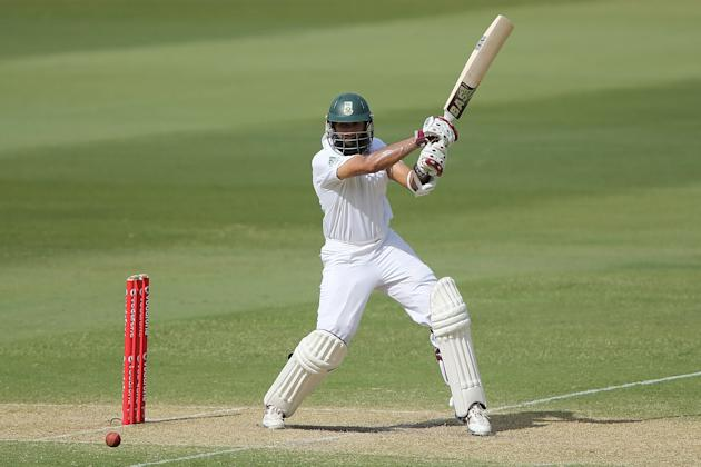 ADELAIDE, AUSTRALIA - NOVEMBER 23: Hashim Amla of South Africa bats during day two of the Second Test match between Australia and South Africa at Adelaide Oval on November 23, 2012 in Adelaide, Austra