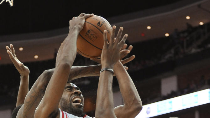 Harden, Rockets top Magic 108-104