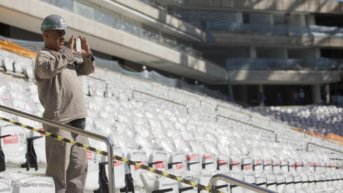 Practice held at stadium hosting World Cup opener