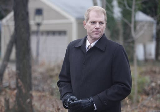 The Americans' Noah Emmerich on Stan's Act of Revenge and His Feelings for Nina