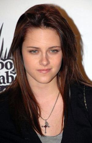 Kristen Stewart is the lovely Bella Swan.