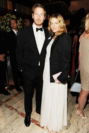 Is Karl Lagerfeld Designing A Chanel Wedding Dress For Drew Barrymore?