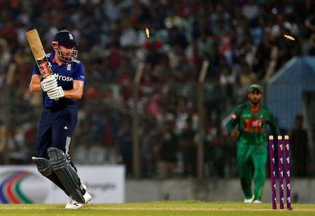 Cricket - England v Bangladesh - Third One Day International
