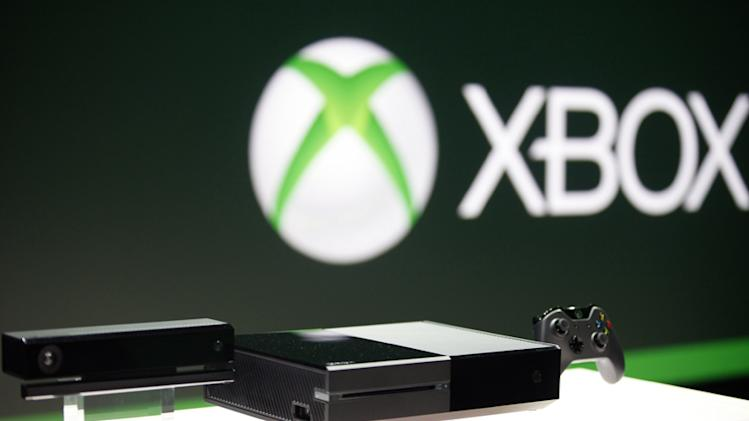 Xbox co-founder discusses PS4′s early lead and virtual reality gaming