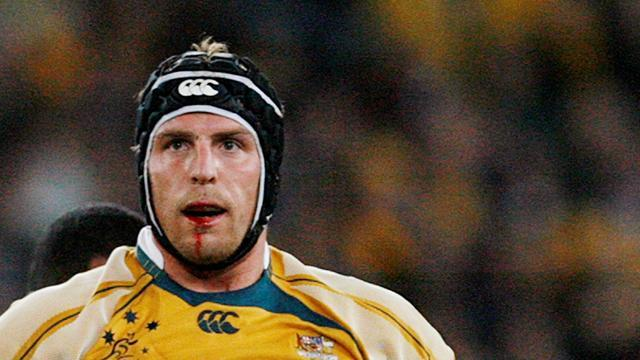 Wallabies lock forced to retire