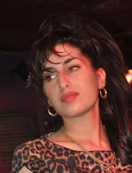 Amy Winehouse tribute staged in London