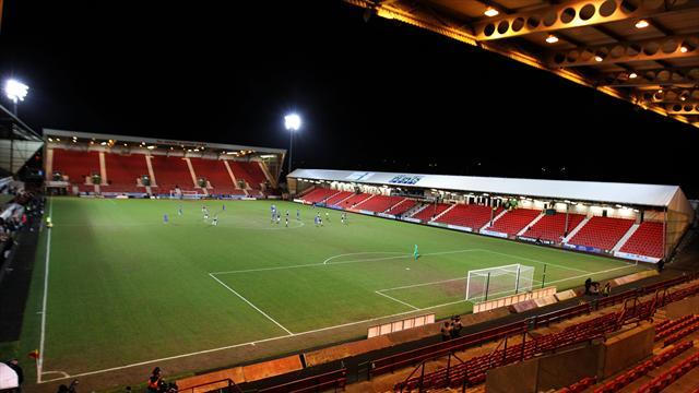 Football - Group report positive talks over Pars