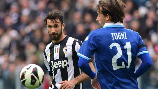 Serie A - Vucinic double sees Juventus beat Pescara