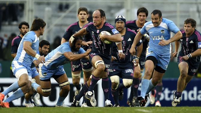 France's Stade Francais number 8 Sergio