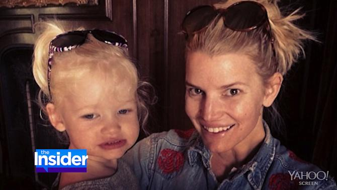 Like Mother, Like Daughter: Jessica Simpson and Maxwell's Sweet Lookalike Moments