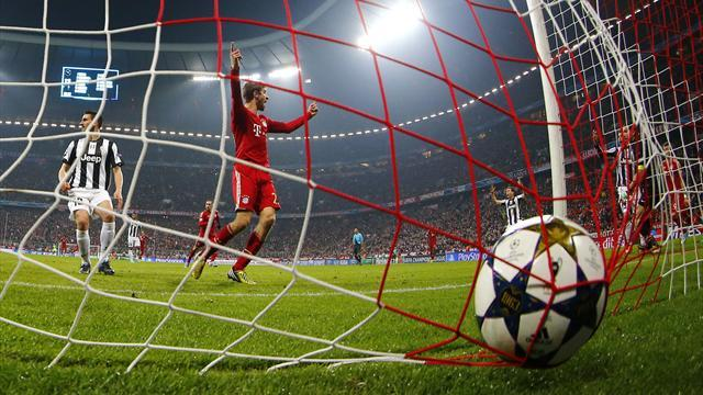 Bundesliga - Unstoppable Bayern close in on treble