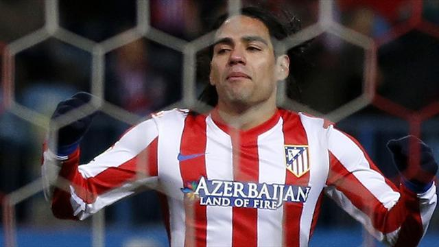 Liga - Chelsea in pole position for Falcao