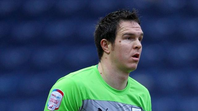 League One - Stuckmann signs new deal at Preston