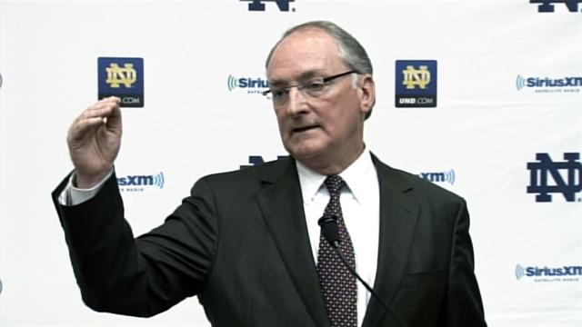 "Notre Dame athletic director: Faith in Te'o hasn't shaken ""one iota"""