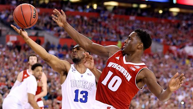 Nigel Hayes on return to Wisconsin: 'I'm coming back'