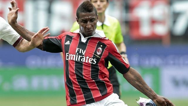 African Football - Milan's Constant ends year-long Guinea boycott