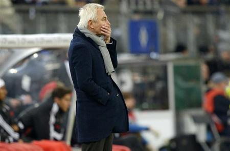 Hamburger SV's coach van Marwijk reacts during the quarter-final German cup (DFB-Pokal) match against Bayern Munich in Hamburg