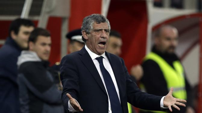 Greece's coach Fernando Santos shouts to his players during a friendly match against South Korea at Georgios Karaiskakis stadium in Piraeus port, near Athens, Wednesday, March 5, 2014