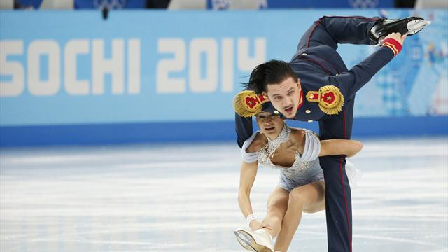 Figure Skating - Volosozhar and Trankov edge closer to second gold